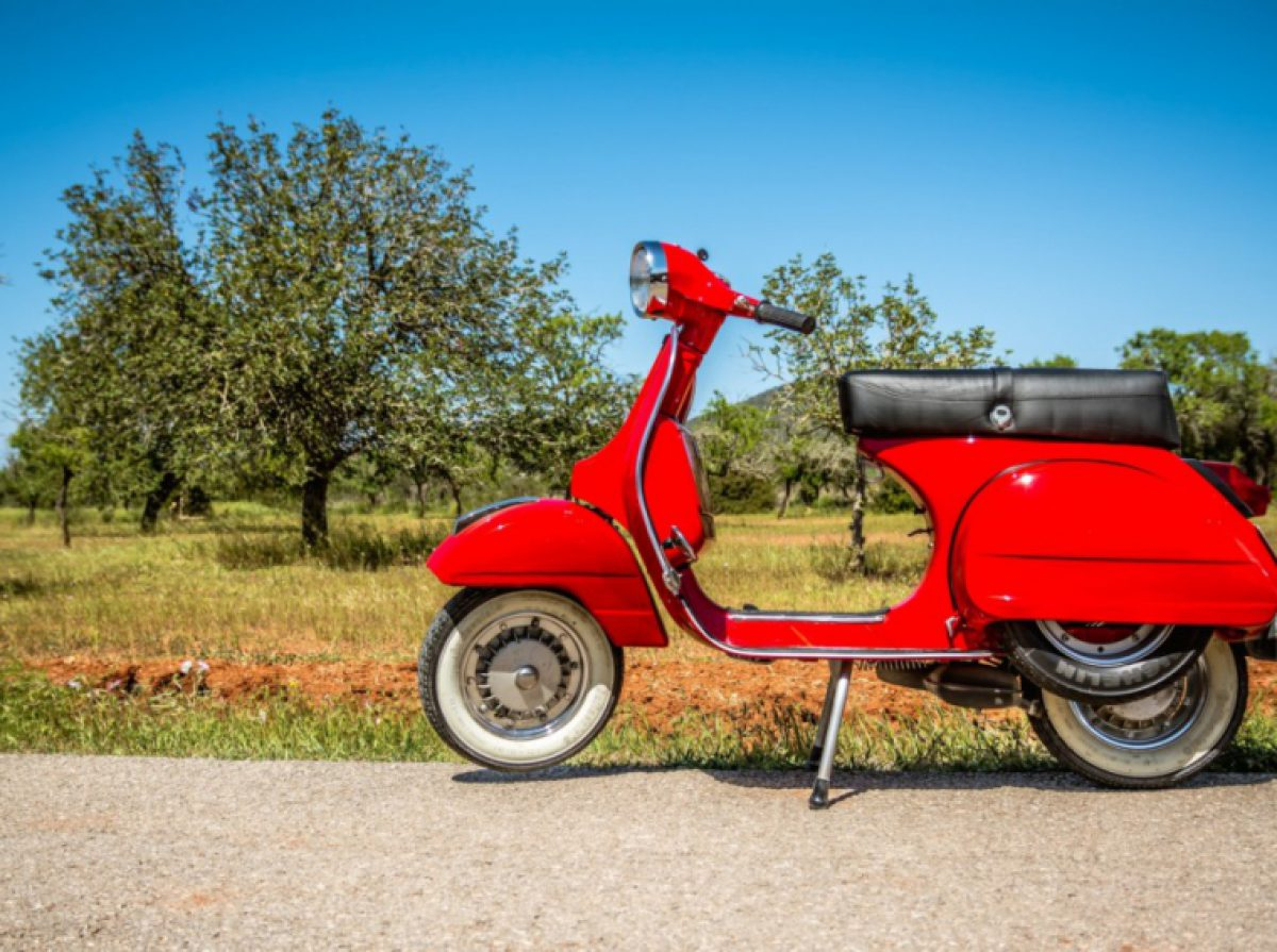 CHECK ALSO VESPA TOUR