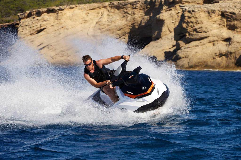 jet-ski-excursion-ibiza, water scooter trips