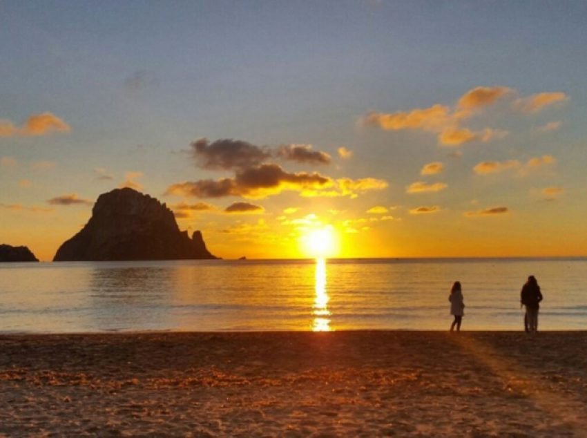 ES VEDRA - SUNSET