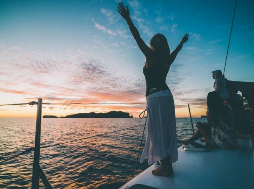 Catamaran Sunset trip - Es Vedra