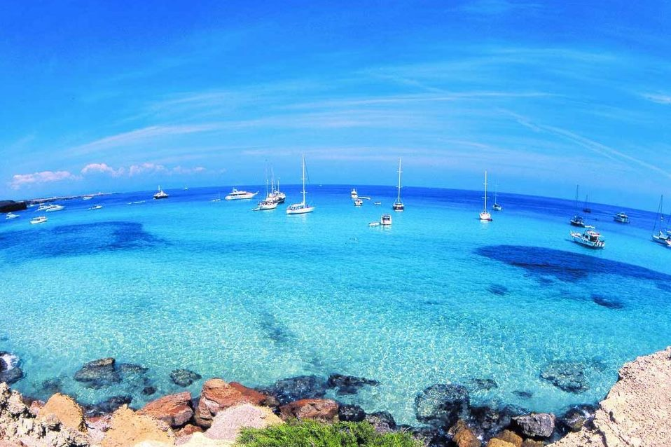 Best 5 Ibiza places to visit by boat