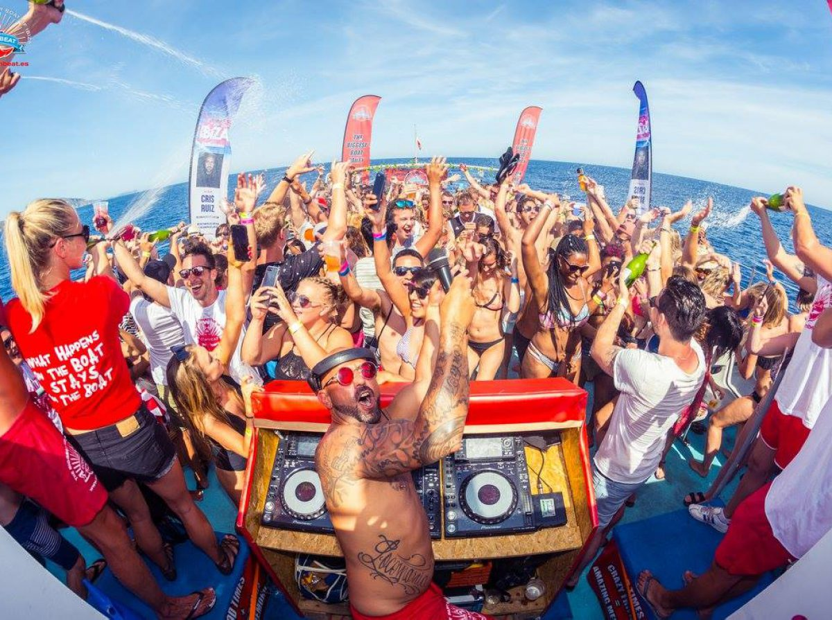 oceanbeat-ibiza-boat-party