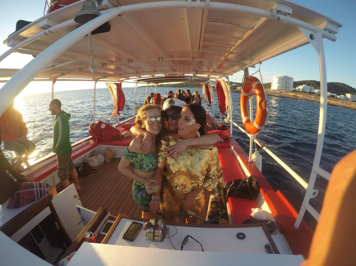 Promotion - All Inclusive Sunset Boat Tour