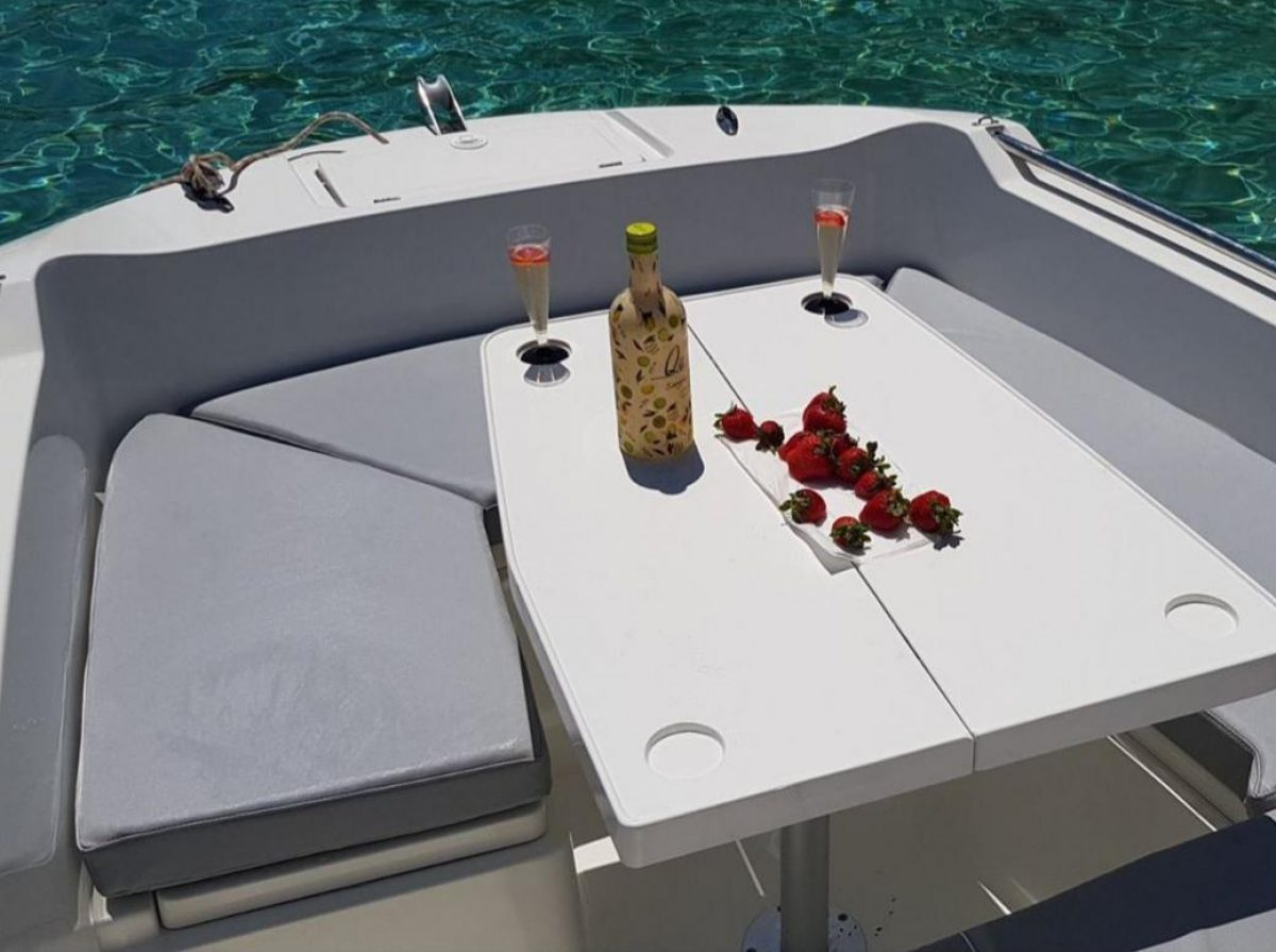 boat-hire-no-license-ibiza